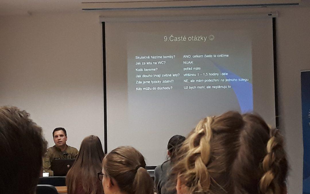 Česká republika v NATO – zahraniční mise vojenského letectva