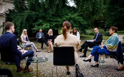 Garden talks with Annegret Kramp-Karrenbauer: student debate